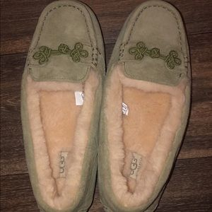UGG Suki Moccasin Slippers